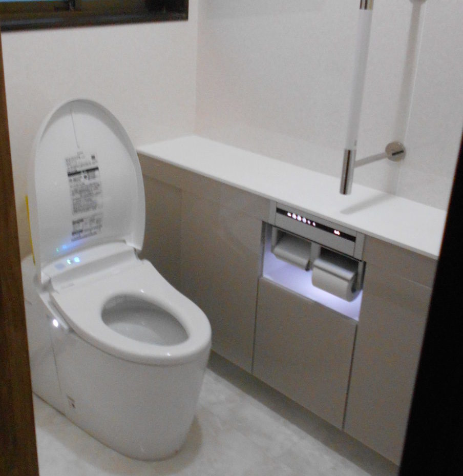 トイレ 例01